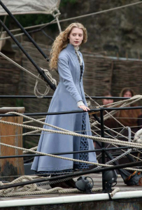 Mia Wasikowska pictures on the filming set of Alice in Wonderland 2010 movie 2