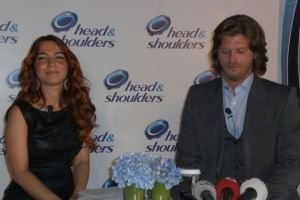 Kivanc Tatlitug head and shoulders shampoo advertisement picture of the campaign 65406252