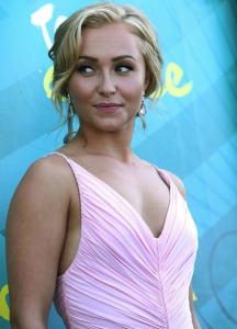 Hayden Panettiere picture at the 2009 Teen Choice Awards held at the Gibson Amphitheatre on August 9th, 2009 in Universal City, California