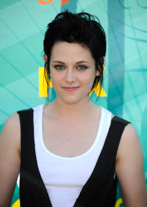 Kristen Stewart photo at the 2009 Teen Choice Awards held at the Gibson Amphitheatre on August 9th, 2009 in Universal City, California