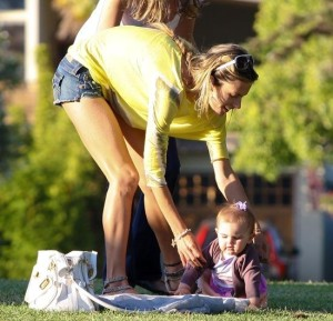 Alessandra Ambrosio spotted playing with her little daughter Anja Louise at a park in Santa Monica on July 7th 2009 9