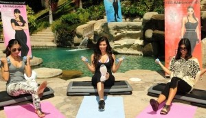 Kim Kardashian and her sister and Kourtney Kardashian picture of Fit in your Jeans Promotional  campaign of August 2009 1