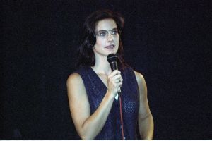 Terry Farrell picture on stage during a press conference in July 1994 1