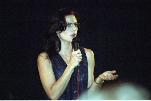 Terry Farrell picture on stage during a press conference in July 1994 6
