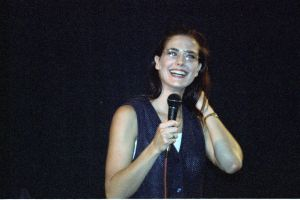 Terry Farrell picture on stage during a press conference in July 1994 2