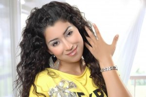 Ayten Amer desktop wallpapers wearing a yellow tshirt