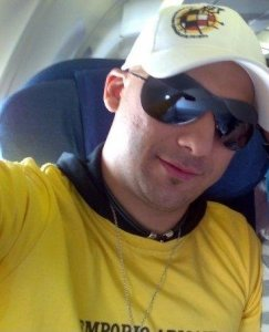 Mohamad Qwaider personal photo inside the airplane back to amman after star academy