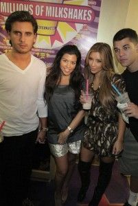 kim kardashian picture at Millions of Milkshakes with Rob and Kourtney on August 30th 2009 4