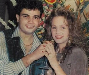 Amr Diab photo with his ex wife during their engagement party