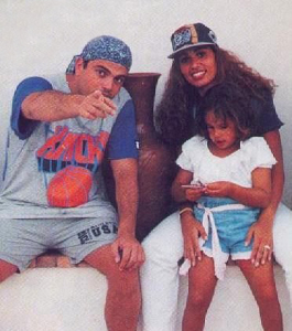Amr Diab photo with his wife zaina with his own daughter Noor Amr Diab