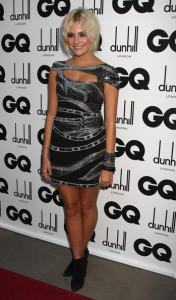 Pixie Lott arrives at the red carpet of 2009 GQ Men Of The Year Awards on September 8th, 2009