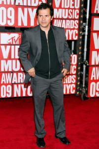 John Leguizamo arrives at the 2009 MTV Video Music Awards at Radio City Music Hall on September 13th 2009 in New York City