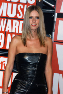 Nicky Hilton arrives at the 2009 MTV Video Music Awards at Radio City Music Hall on September 13th 2009 in New York City