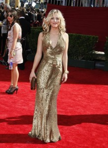 Kaley Cuoco arrives at the 61st Primetime Emmy Awards held at the Nokia Theatre on September 20th 2009 in Los Angeles