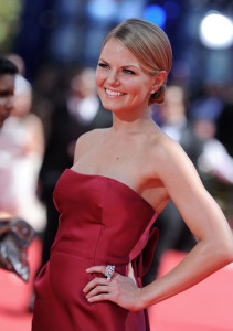Jennifer Morrison arrives at the 61st Primetime Emmy Awards held at the Nokia Theatre on September 20th 2009 in Los Angeles