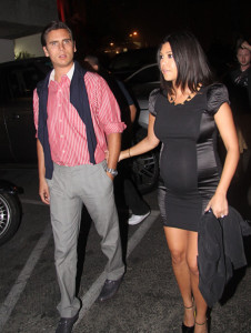 Kourtney Kardashian and her boyfriend Scott Disick spotted while dining out at a restaurant on the Santa Monica Pier on September 27th 2009 1