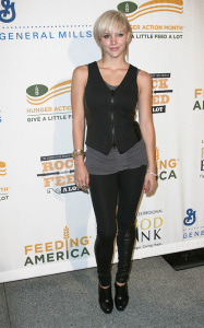 Katharine McPhee attends the Rock a Little Feed a Lot Benefit Concert in Los Angeles on September 29th 2009 4