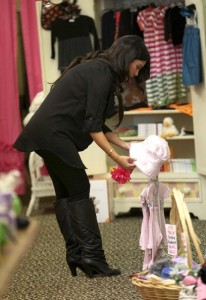 Kourtney Kardashian spotted during a shopping trip in Calabasas on October 3rd 2009 9