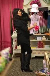 Kourtney Kardashian spotted during a shopping trip in Calabasas on October 3rd 2009 7