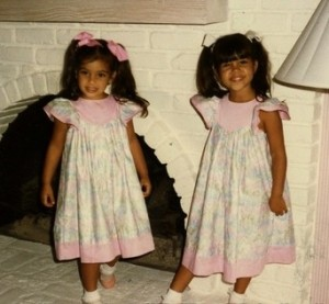baby picture of Kim Kardashian and her sister Kourtney Kardashian 3