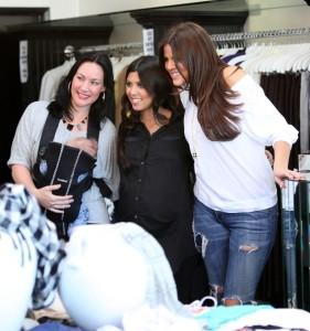 Khloe Kardashian and Kourtney Kardashian spotted during a shopping trip in Calabasas on October 3rd 2009 2