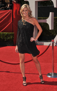 Erin Andrews arrives on the red carpet of the 2009 ESPY Awards at the Nokia Los Angeles Live Theatre on July 15th 2009 1