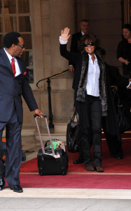 Whitney Houston was spotted leaving her hotel in Paris France on October 6th 2009 2