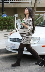 Kourtney Kardashian spotted shopping for new baby furniture at Bel Bambini boutique in Beverly Hills on October 7th 2009 1