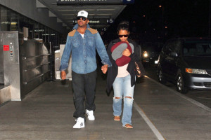 Christina Milian spotted with her husband The Dream at the airport on October 8th 2009 1