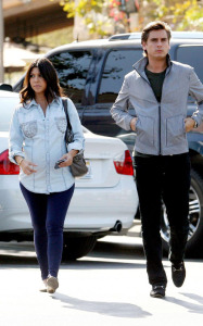 Kourtney Kardashian and her boyfriend Scott Disick spotted at the Marmalade Cafe in Los Angeles on October 8th 2009 1