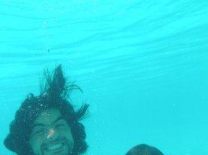 Zaher Zorgatti photo while swimming at the sea 8