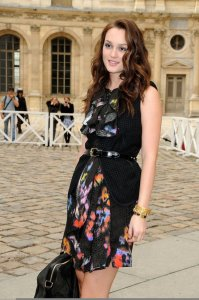 Leighton Meester spotted at the Louis Vuitton Fashion Show in Paris on october 7th 2009 2