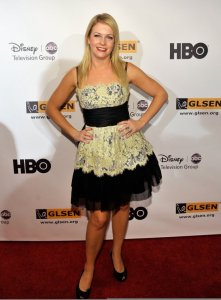 Melissa Joan Hart attends the 5th Annual GLSEN Respect Awards on october 9th 2009 2