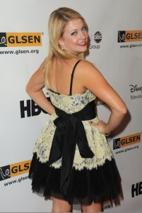 Melissa Joan Hart attends the 5th Annual GLSEN Respect Awards on october 9th 2009 4
