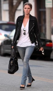 Nicky Hilton seen out running some errands in Beverly Hills on October 12th 2009 5