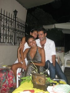 Amal Boshoshah photo with her friends and family at her birthday 3