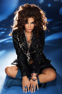 Lebanese singer Nelly Maqdesy picture from a beautiful studio shoot wearing a gypsy style outfit 10