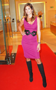 Cindy Crawford attends the opening of the Omega Boutique at The Village Westfield on October 15th 2009 in London England 1