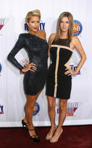 Paris Hilton and Nicky Hilton arrive at the 2009 Fox Reality Channel Really Awards held at The Music Box in Los Angeles on October 13th 2009 3