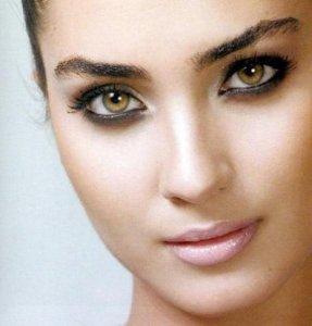 Tuba Buyukustun modeling studio photo shoots full makeup