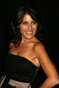 Lisa Edelstein attends the 2009 Rodeo Drive Walk Of Style Award Ceremony Honoring Princess Grace Kelly Of Monaco in Beverly Hills on October 23rd 2009 6
