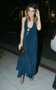 Shenae Grimes arrives at the Vanity Fair hosted launching of Guess new tshirt benefiting Invisible Children in Beverly Hills on October 22nd 2009 1