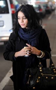 Vanessa Hudgens was spotted arriving at LAX International Airport on the morning of October 23rd 2009 2