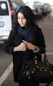 Vanessa Hudgens was spotted arriving at LAX International Airport on the morning of October 23rd 2009 4