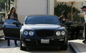Kim Kardashian and Brittny Gastineau spotted shopping at Burberry in Beverly Hills on October 24th 2009 1