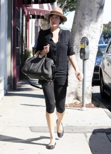 Liv Tyler spotted running errands in Beverly Hills on October 24th 2009 1