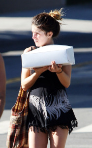Shenae Grimes was spotted getting a cake from a bakery in Los Angeles on October 23rd 2009 1