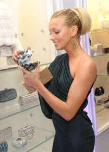Katie Cassidy arrives at the Judith Leiber Boutique Opening on Rodeo Drive on September 23rd 2009 in Beverly Hills California 6