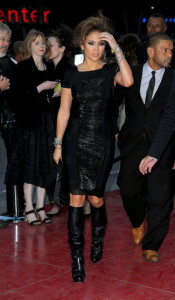 Jennifer Lopez arrives at the premiere of This Is It movie on October 27th 2009
