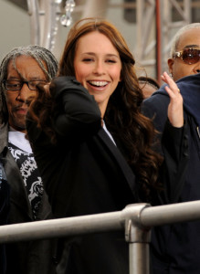 Jennifer Love Hewitt arrives at the premiere of This Is It movie on October 27th 2009